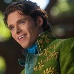 Como se llama el actor que hace de El Príncipe en la película Cenicienta 2015