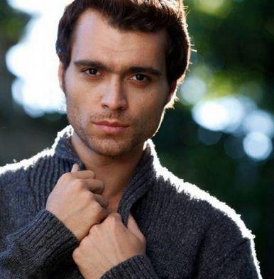 Como se llama el actor principal de la novela El precio del amor Ismael