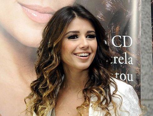 Quien canta la canción de Bruno y Paloma - Paula Fernandes