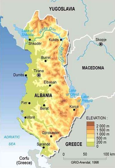 Como se llama el que vive en Albania