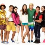Como se llaman los personajes de Teen Beach 2