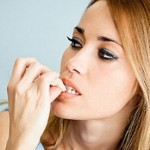Como se llama la enfermedad de comerse las uñas
