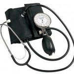 Como se llama el instrumento para medir la presión arterial