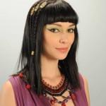 Como se llama la actriz que hace de Yunet en Moises y los 10 mandamientos