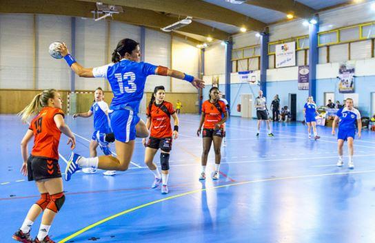 Nombre de la linea punteada de handball