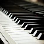 Como se llama el conjunto de teclas del piano